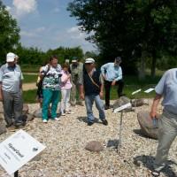 Treffen der Chronisten 2015 in Kähnsdorf – Besuch des Findlingsgartens