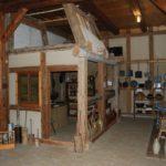 Bild zeigt einen Raum in der Ausstellung vom Flachs zu Leinen